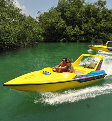 speed boat lagoon tour in cancun