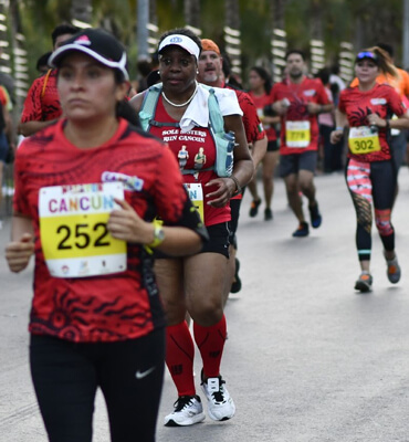 the 35th rock and roll marathon in cancun