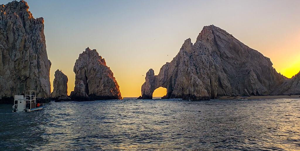 el-arco-de-san-lucas-en-el-sunset-tour