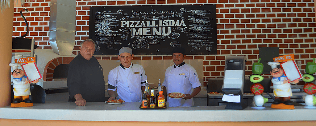 Pizzallisima Restaurant at Royal Solaris Los Cabos for your Vacations