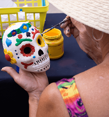 Pintando Calaveritas en los Resorts de Cancún