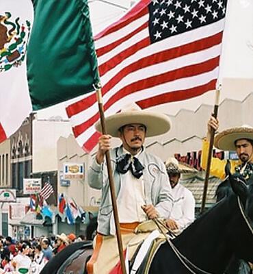 Cabalgata Mexicana en Estados Unidos el 5 de Mayo