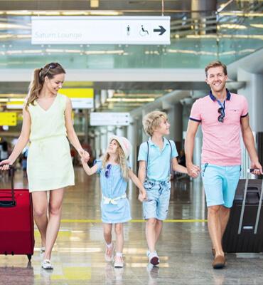 En el Aeropuerto para unas Vacaciones Familiares