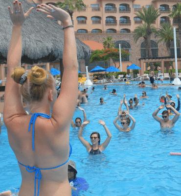 Aquaerobics en el Hotel Solaris de Los Cabos