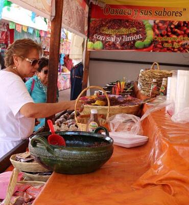 Comida Tradicional Mexicana durante el Festival de Cancún