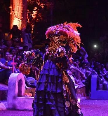 Catrinas en el Festival de la Vida y la Muerte en Cancún