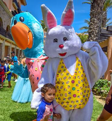 El Conejo de Pascua y Pancho en Los Cabos