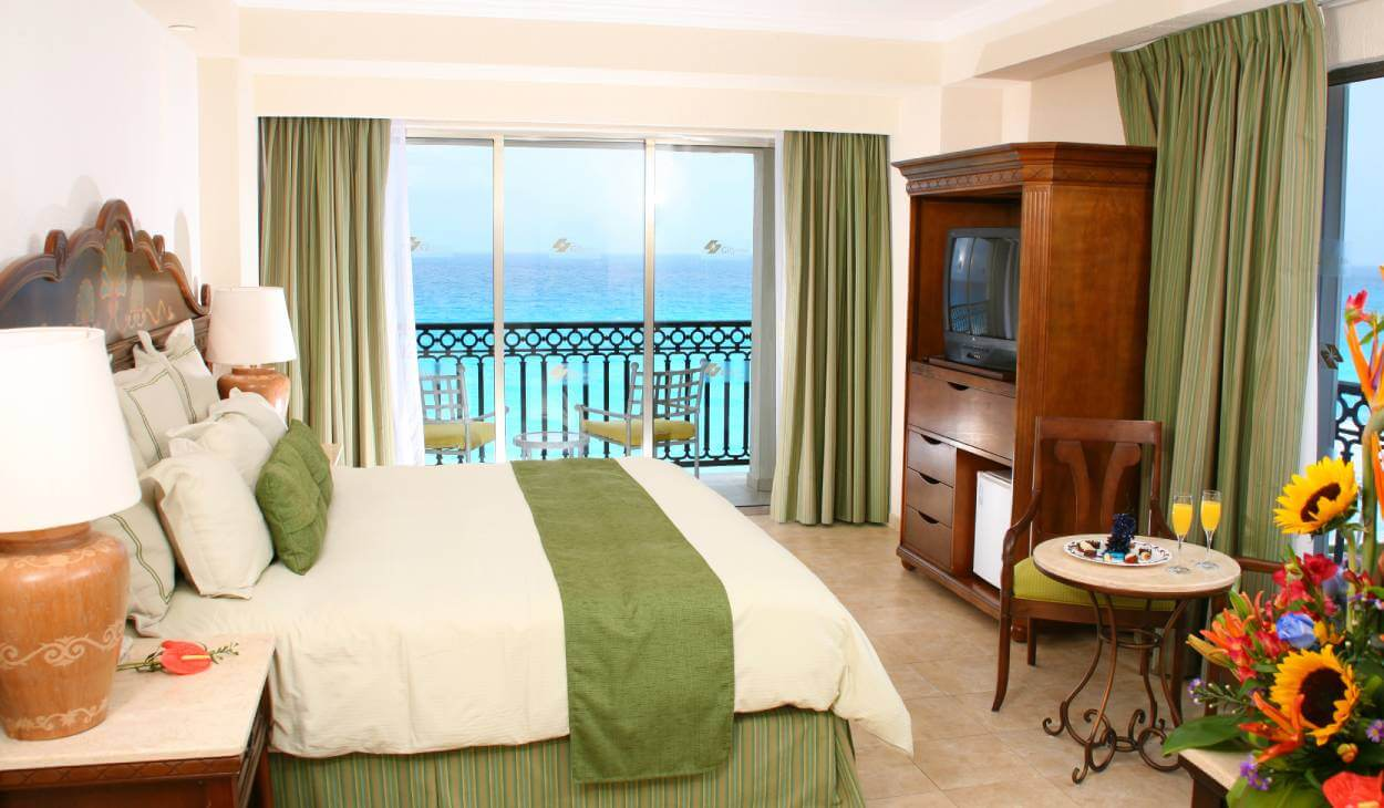 suite-gr-solaris-cancun-header
