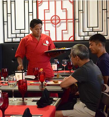 Platillos orientales en el restaurante Zai de Los Cabos