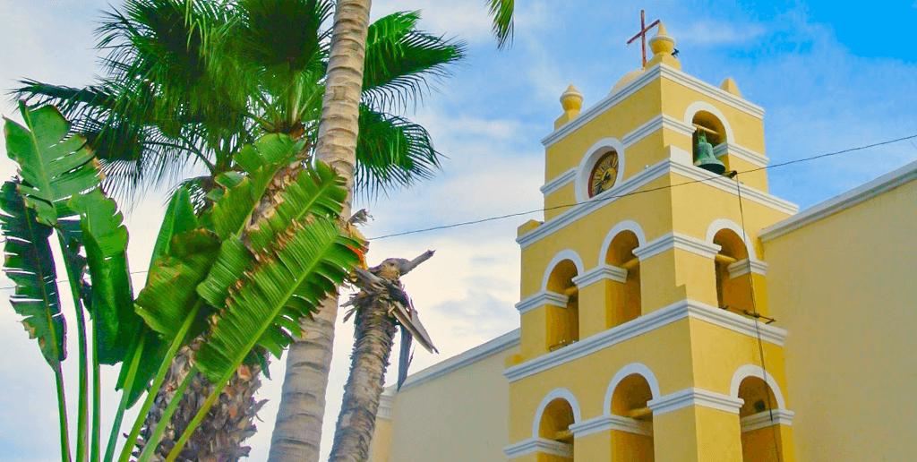 todos-santos-destino-turistico-historico-y-cultural-en-los-cabos