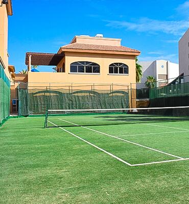 La Cancha de Tenis en el Hotel Royal Solaris Cabos