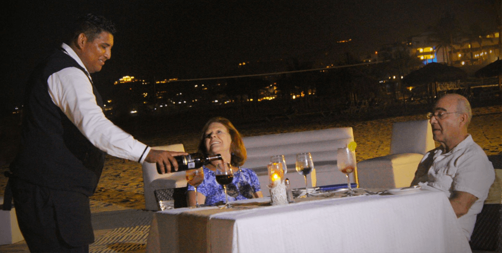 The Full Moon Dinner at Club Solaris Cabos